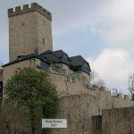 Kerpener Burg in der Eifel bei der Ferienwohnung Alte Scheune Niederehe